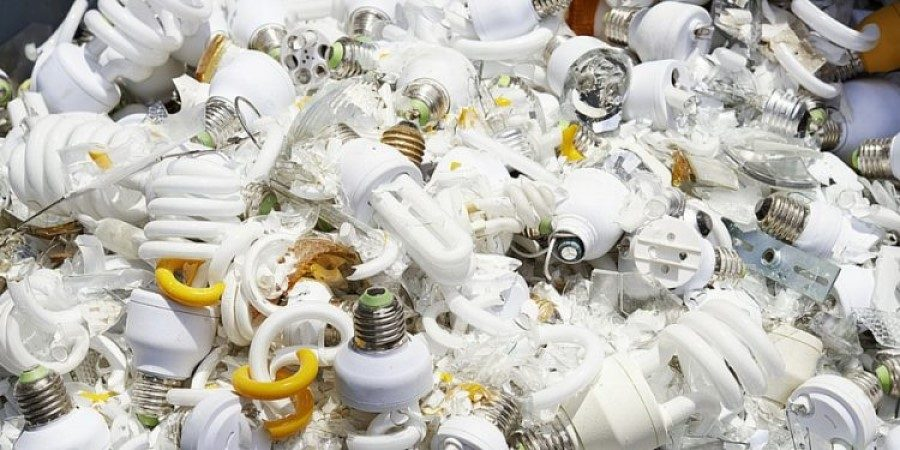 Energy-saving bulbs posing health problems, according to Nigerian e-waste expert
