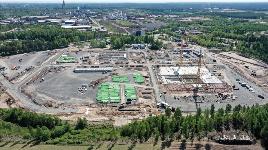 BASF's battery materials plants in Europe advance as planned
